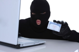 How-to-deal-with-identity-theft-online