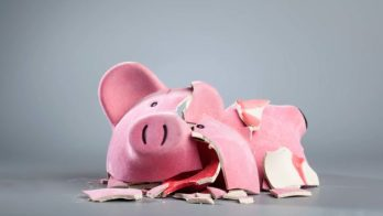 broken-piggy-bank-628x354