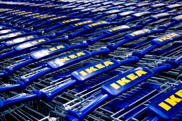 IKEA_shopping_carts_in_Ottawa_Canada