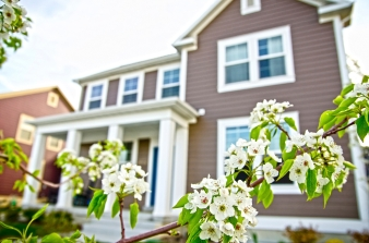 Spring-Home-iStock-000016776476Medium-1